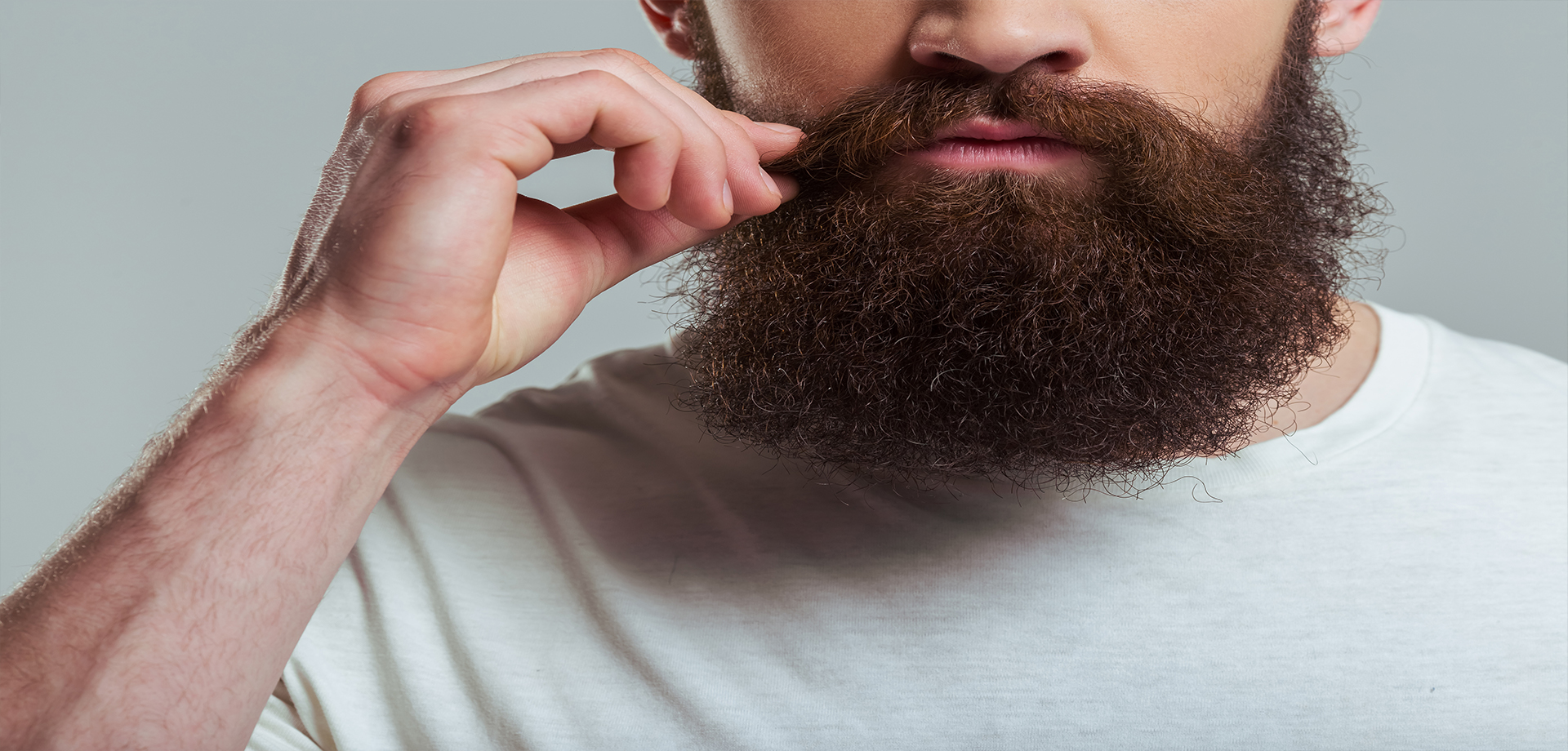 Barba poco poblada