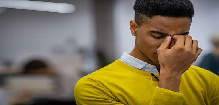 ¿Cómo saber si la caída de pelo es por estrés?